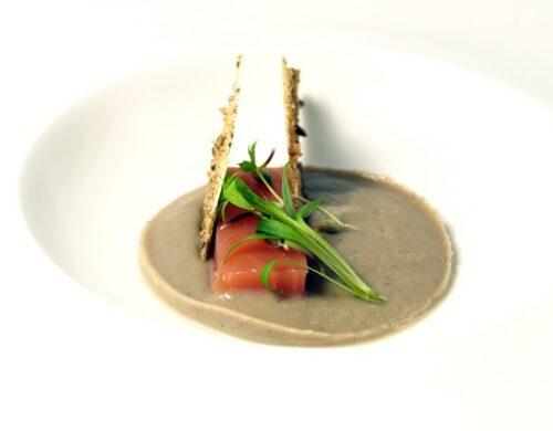 Lingotto delle Dolomiti, crema di castagne e brodo wild: una ricetta dello chef Alessandro Gilmozzi